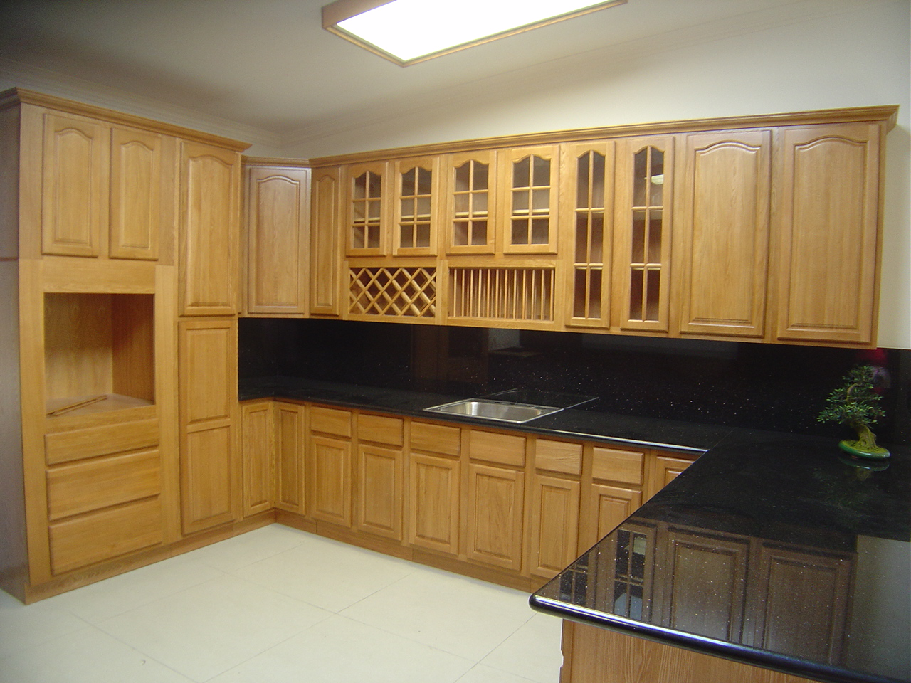 Five Advantages Of Semi-Custom Cabinets